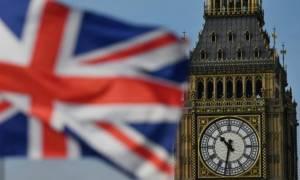 Ο δήμαρχος του Λονδίνου προτείνει την απαγόρευση των διαφημίσεων «έτοιμου ανθυγιεινού φαγητού»