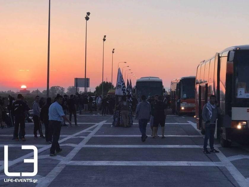 ΑΕΚ – ΠΑΟΚ: Σε εξέλιξη η κάθοδος χιλιάδων οπαδών του ΠΑΟΚ στην Αθήνα (pics+vid)