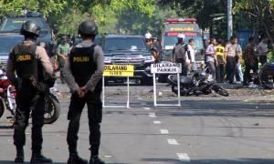 Σοκ στην Ινδονησία: Πενταμελής οικογένεια με παιδί οκτώ ετών πίσω από την επίθεση αυτοκτονίας