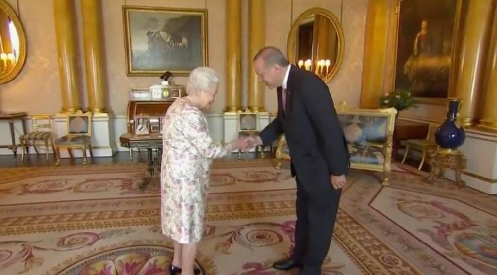 Στο Clarence House ο Ερντογάν- Συνάντηση με Κάρολο