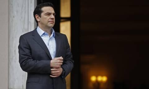 Ραγδαίες εξελίξεις στο Σκοπιανό: Ο Τσίπρας ενημερώνει Παυλόπουλο και πολιτικούς αρχηγούς