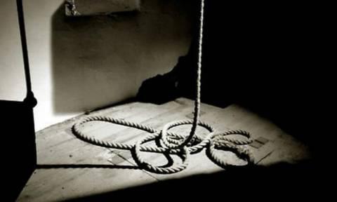Σοκ στη Ζαχάρω: 69χρονος βρέθηκε απαγχονισμένος