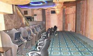 «Λουκέτο» από την Αστυνομία σε «ναό» του παράνομου τζόγου στην Αττική – Τέσσερις συλλήψεις