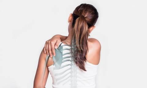 Πόνος στα οστά: Οι πιθανές αιτίες, από την αρθρίτιδα έως τον καρκίνο