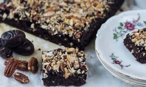 Σοκολατένιο κέικ – κόλαση χωρίς αλεύρι ή ζάχαρη!