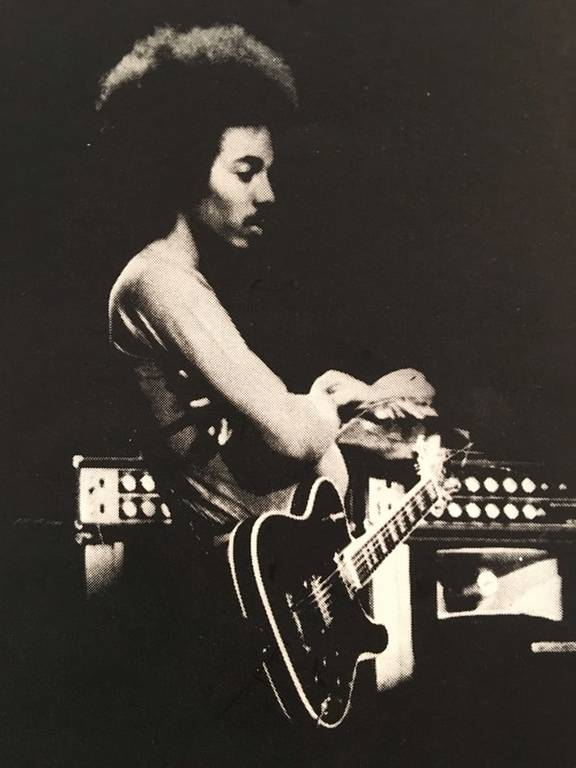 Πέθανε ο διάσημος κιθαρίστας της τζαζ Ρέτζι Λούκας που ανακάλυψε τη Μαντόνα (Vids)