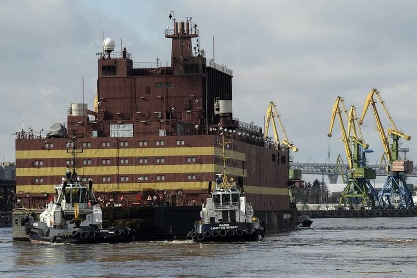 Πλωτό πυρηνικό σταθμό έστειλε ο Πούτιν στην Αρκτική (Pics)