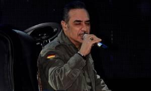 Σοκ! Οι Αλβανοί εμποδίζουν τη συναυλία του Νότη Σφακιανάκη στα Τίρανα