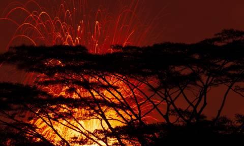 Χαβάη: Όταν το ηφαίστειο - «τέρας» Κιλαουέα βρυχάται (pics)