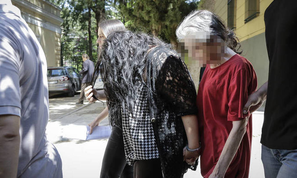 ΕΚΤΑΚΤΟ: Στη φυλακή η 19χρονη παιδοκτόνος της Πετρούπολης που ομολόγησε ότι σκότωσε το βρέφος