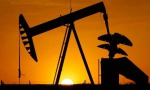 Καλπάζει η τιμή του πετρελαίου: Ξεπέρασε τα 80 δολάρια το βαρέλι η τιμή του μπρεντ