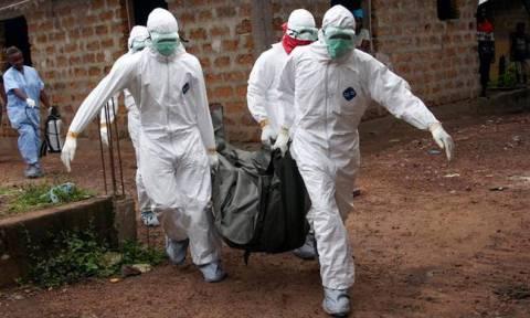 Ο ιός Έμπολα επέστρεψε και αφήνει πίσω του νεκρούς