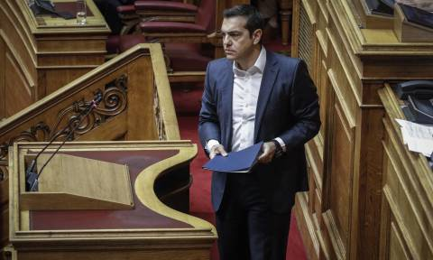 LIVE Βουλή - Τσίπρας: Ο Ιγκλέσιας δεν αγόρασε σπίτι με offshore, ούτε το σπίτι του Βολταίρου