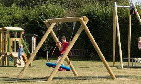 ΟΑΕΔ: Εγκρίθηκε το πρόγραμμα κατασκηνώσεων για τα παιδιά των υπαλλήλων