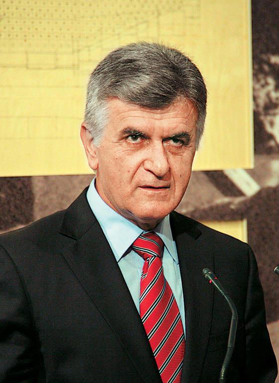 «Συνελήφθη» πρώην κορυφαίος υπουργός του ΠΑΣΟΚ στα Γρεβενά!