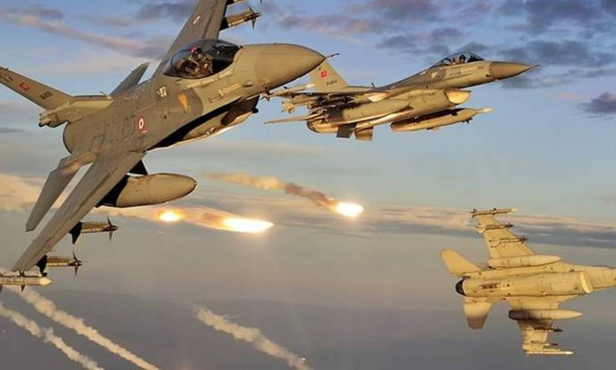 Εικονική αερομαχία και μπαράζ παραβιάσεων από τουρκικά μαχητικά πάνω από το Αιγαίο