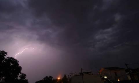 Έκτακτο δελτίο επιδείνωσης καιρού: Χαλαζοπτώσεις και καταιγίδες θα σαρώσουν τη χώρα (pics)
