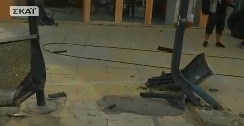 ΕΚΤΑΚΤΟ: Οι πρώτες εικόνες από την τραγωδία στη Μεταμόρφωση - Αυτό είναι το μοιραίο αυτοκίνητο