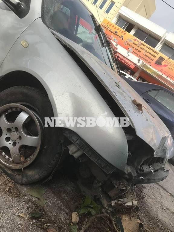 Μεταμόρφωση: Θρίλερ με το αυτοκίνητο που έπεσε στη στάση λεωφορείου (pics&vid)