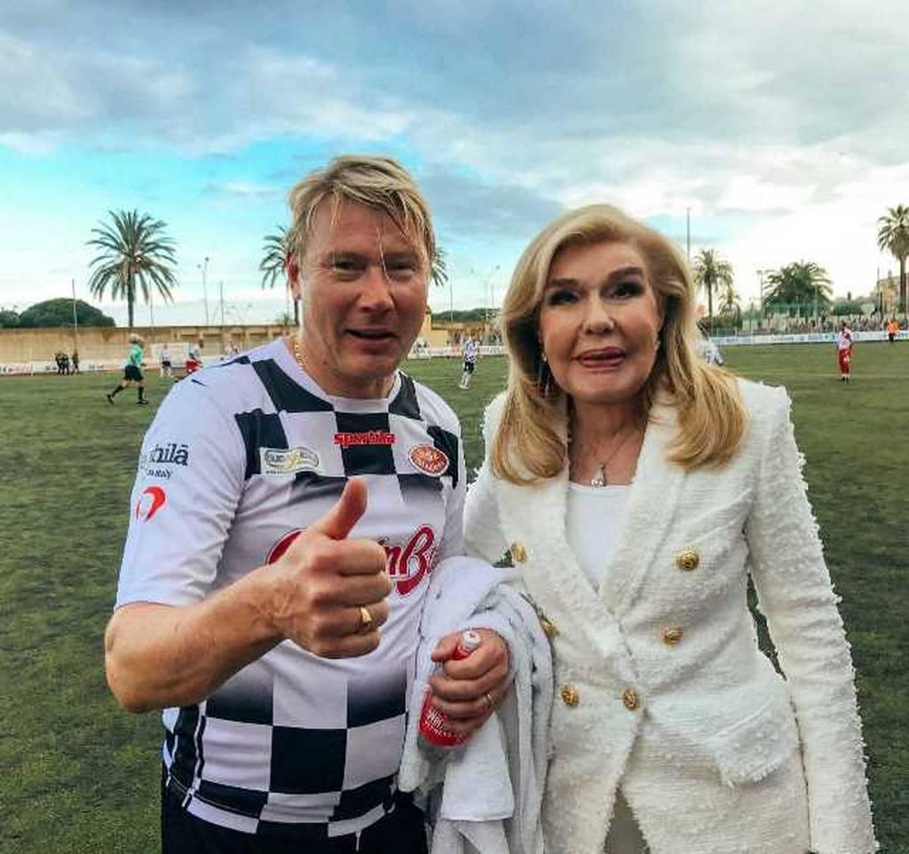 Η Μαριάννα Βαρδινογιάννη με τον πρώην παγκόσμιο πρωταθλητή της Formula 1  Μika Hakkinen