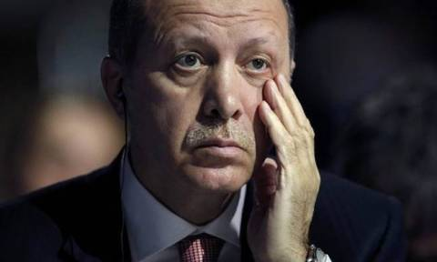 «Χαστούκι» στον Ερντογάν: Οι ΗΠΑ παγώνουν τον στρατιωτικό εξοπλισμό της Τουρκίας