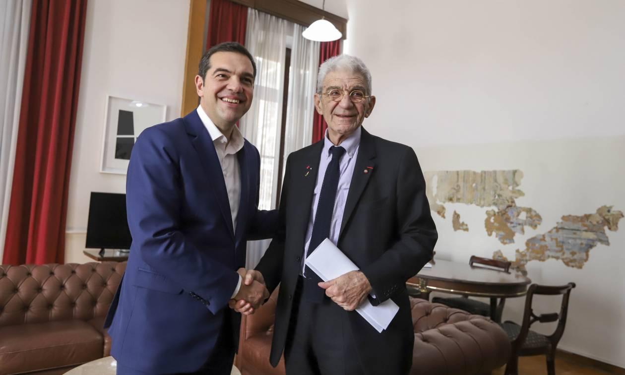 Στη Θεσσαλονίκη ο Αλέξης Τσίπρας: Τετ-α-τετ με Μπουτάρη
