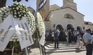 Η Ελλάδα αποχαιρέτησε τον Χάρρυ Κλυνν (pics&vids)
