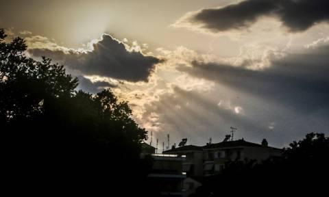 Καιρός Αγίου Πνεύματος - Η ΕΜΥ προειδοποιεί: Σε αυτές τις περιοχές θα βρέξει το τριήμερο