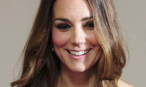 Η Kate Middleton μεθυσμένη; Οι φωτογραφίες που η Δούκισσα του Cambridge θέλει να κάψει