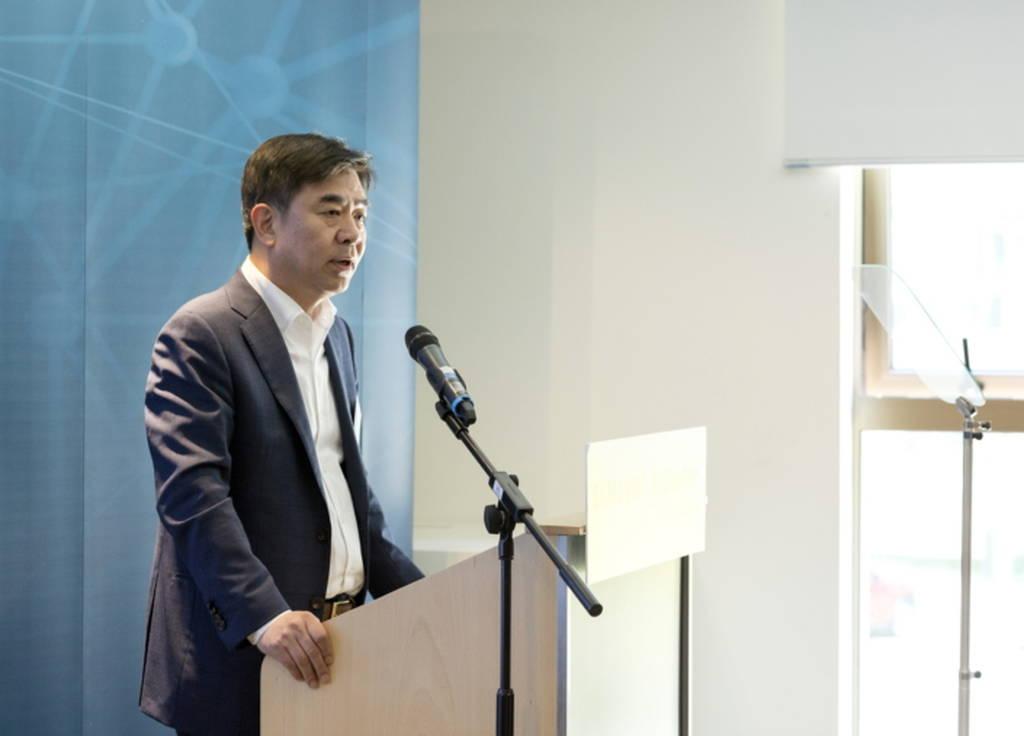 Hyun-suk Kim, Πρόεδρος και Διευθυντής της Samsung Research στην τελετή έναρξης του νέου Κέντρου AI στο Κέιμπριτζ