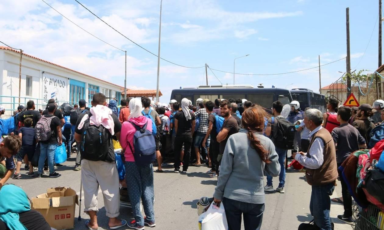 Προσφυγικό: Άγριες συμπλοκές μεταξύ μεταναστών στη Μυτιλήνη - Fake news τα περί νεκρών (vid+pics)
