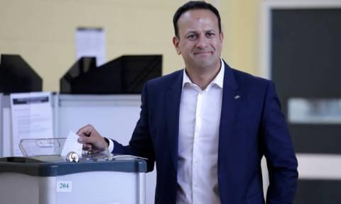 Ο λαός μίλησε στην Ιρλανδία: «Αθόρυβη επανάσταση» η κατάργηση της απαγόρευσης των αμβλώσεων