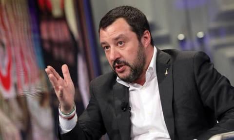 Ιταλία: Ο Σαλβίνι παραμένει «πραγματικά νευριασμένος»