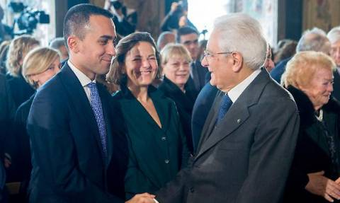 Ιταλία: Ο αρχηγός των Πέντε Αστέρων ζητά να κατηγορηθεί ο Ματταρέλα για εσχάτη προδοσία