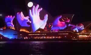 Παιχνίδια φωτός: Το Σίδνεϋ ένας πελώριος καμβάς!