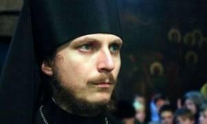 Ρώσος μοναχός για τα τύμπανα πολέμου: «Στο κατώφλι ο πόλεμος;»-Τι λέει για Πούτιν, Τραμπ και Μέρκελ