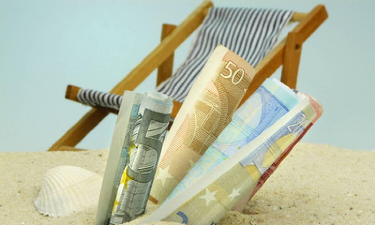 Καλοκαιρινή άδεια: Πόση είναι η υποχρεωτική άδεια - Πόσα χρήματα θα πάρετε