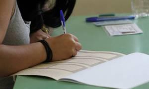 Πανελλήνιες - Πανελλαδικές 2018: Έρχεται μαζική πτώση στις βάσεις εισαγωγής
