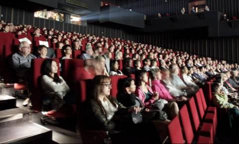 Πέντε εκνευριστικά πράγματα που θα βιώσεις σε ένα σινεμά (photos)