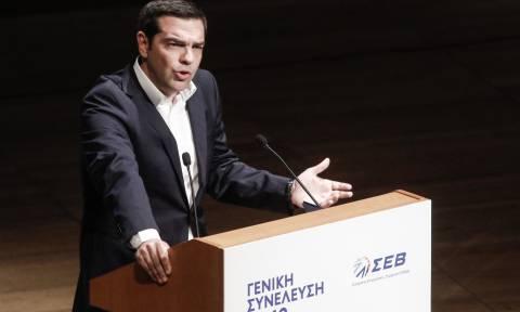 Τσίπρας στον ΣΕΒ: Οι εκλογές θα γίνουν στην ώρα τους (video)