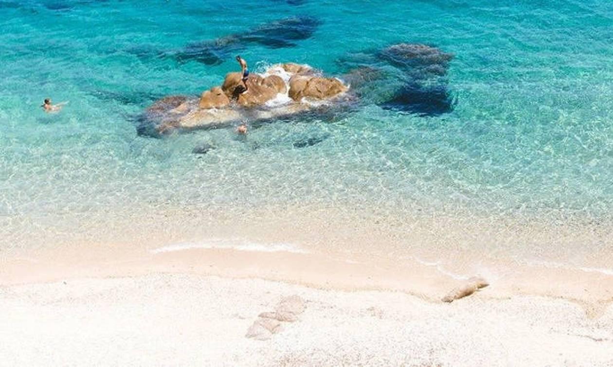 Σε αυτά τα ελληνικά νησιά θα κάνετε διακοπές χωρίς αυτοκίνητο