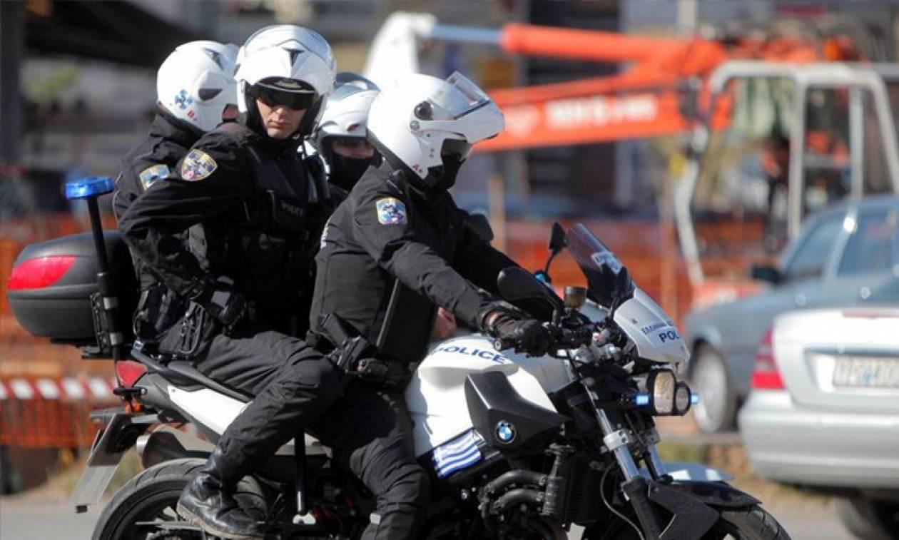 Θεσσαλονίκη: Επεισοδιακή σύλληψη στο Λευκό Πύργο - Νεαρός πήγε να κλέψει μικροπωλητές