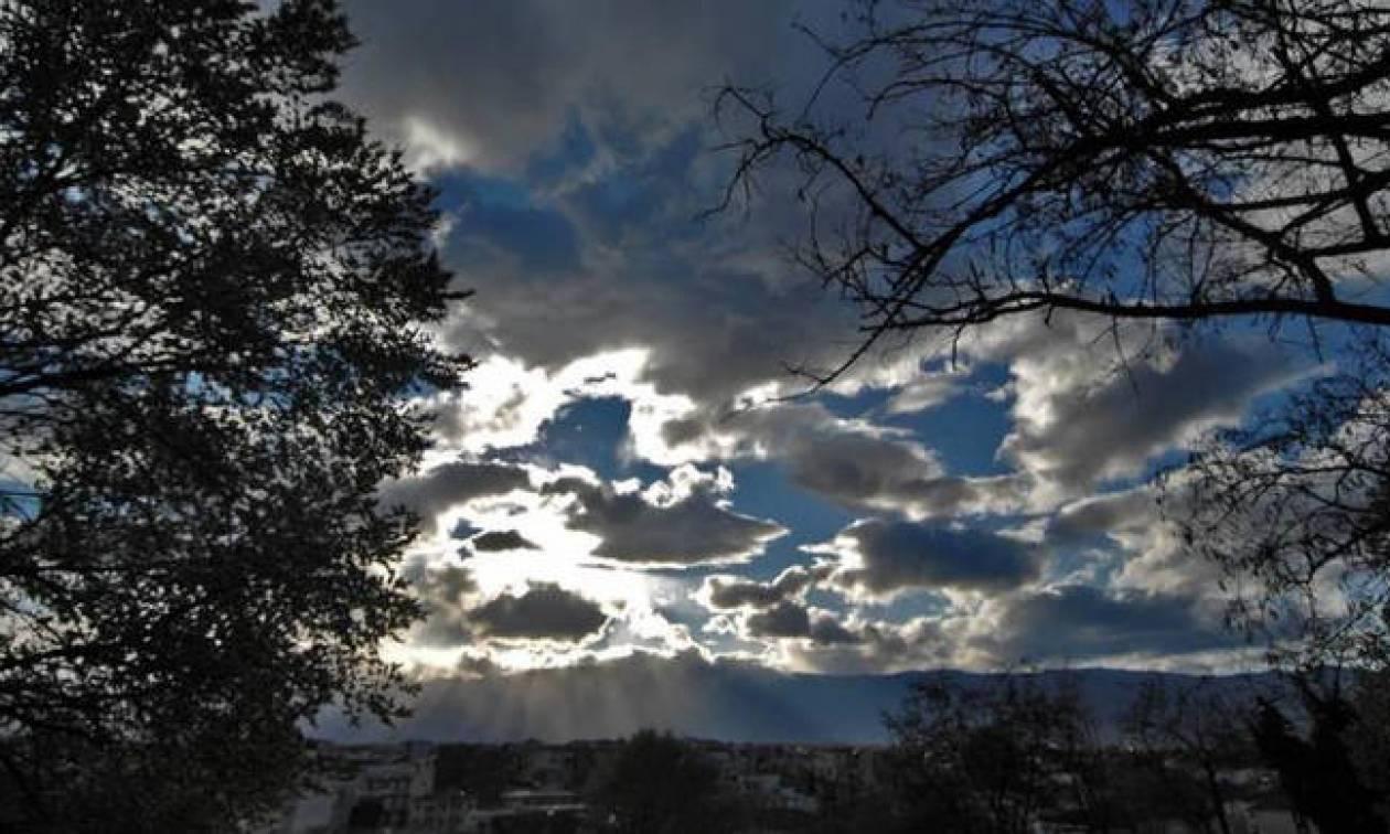 Καιρός: Με τις συνηθισμένες απογευματινές μπόρες η Πέμπτη - Στους 31 βαθμούς ο υδράργυρος (pics)