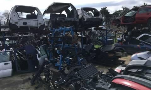 Θεσσαλονίκη: Έκαναν «φύλλο και φτερό» τα κλεμμένα αυτοκίνητα και πουλούσαν ανταλλακτικά (pics)