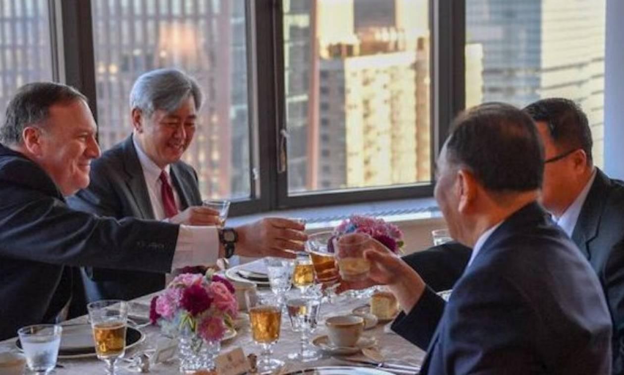 Με… μπριζόλες συζήτησαν για τη σύνοδο ΗΠΑ - Βόρειας Κορέας ο Πομπέο και το «δεξί χέρι» του Κιμ