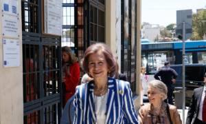 Στην Κρήτη η Βασίλισσα Σοφία: Χόρεψε κρητικά και μάγεψε τους ντόπιους (vid)