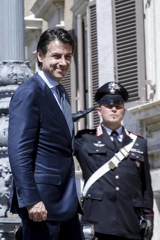 Ιταλία: Νέος πρωθυπουργός ο Τζουζέπε Κόντε - Η σύνθεση της νέας κυβέρνησης (pics+vid)