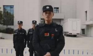 Βίντεο με συμβουλές της κινεζικής αστυνομίας γίνεται viral για έναν ξεκαρδιστικό λόγο