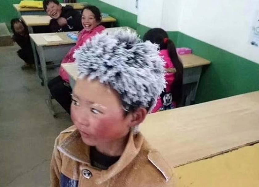 Ρίγη συγκίνησης: Τι απέγινε το «παγωμένο αγόρι» που είχε συγκλονίσει τον πλανήτη (pics)