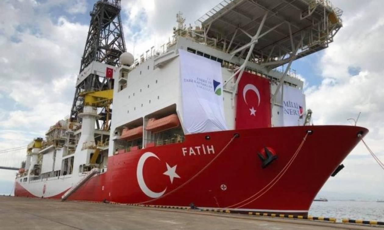 Ραγδαίες εξελίξεις: Πλέει προς Αττάλεια το τουρκικό γεωτρύπανο «Πορθητής»